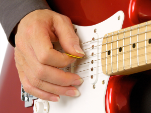 Hybrid Picking Finger and pick Positions