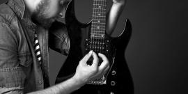How to Buy a Guitar & Guitar Gear